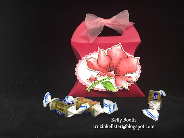 Elizabeth Craft Designs Pillow Box with Handle에 대한 이미지 검색결과