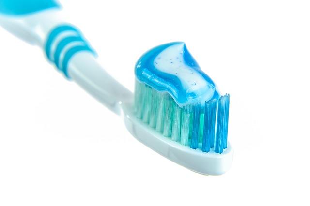 ماسك الفازلين ومعجون الأسنان الخطير لحل مشاكل البشره الدهنيه والمختلطه