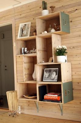 Flor da kakau decora o com caixotes de feira for Mobili wooden art