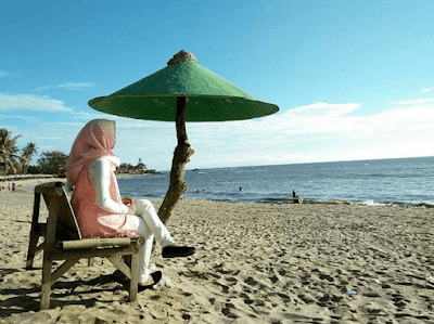 Pantai Anyer, Banten Gak Kalah Unik! 5 Destinasi Wisata Ini Bisa Bikin Liburanmu Berwarna