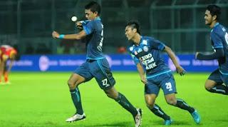 Arema FC Kalahkan Barito Putera 1-0