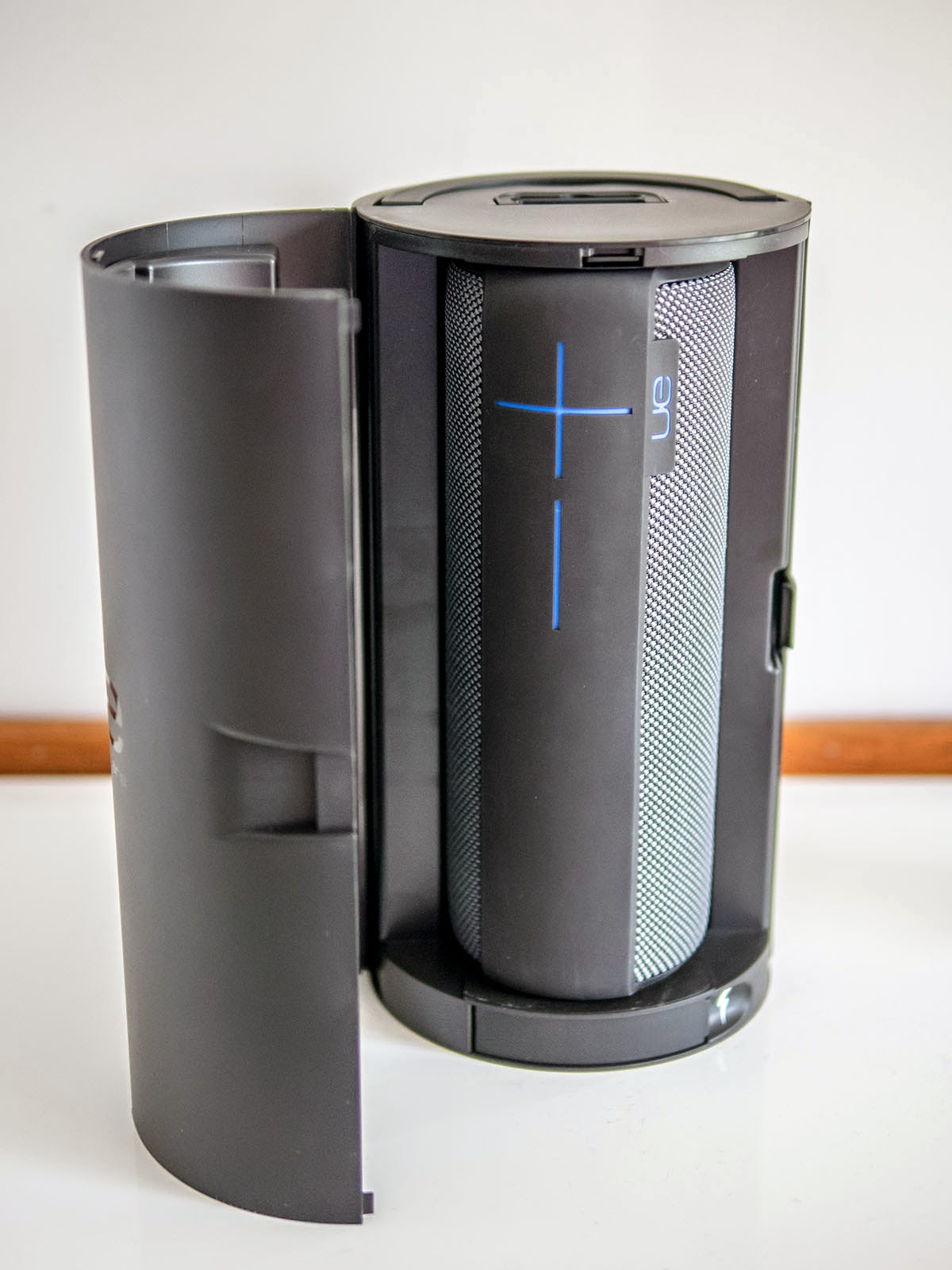 Oluv's Gadgets: Review: UE Megaboom - too much boom to be good?