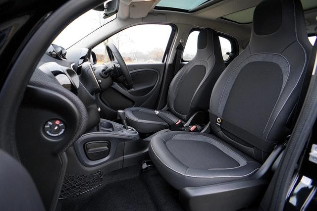 Pokrowce na siedzeniach samochodowych