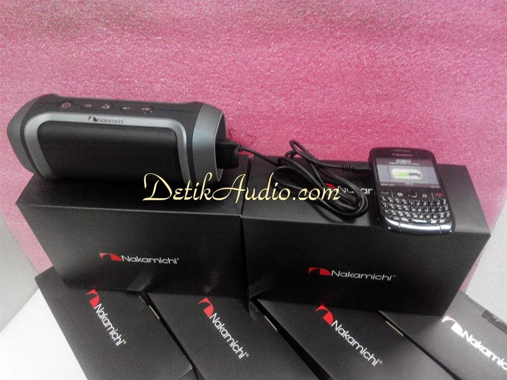 Detik Audio Online Store Nakamichi Innergie Bluetooth Headset Nbe 250 Build In 4000 Mah Li Ion Battery For Long Playing Music And Charging Your Mobile Phones