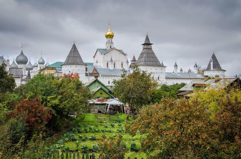 Ростовский Кремль и капуста