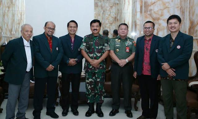 Panglima TNI Terima Pengurus Besar IDI