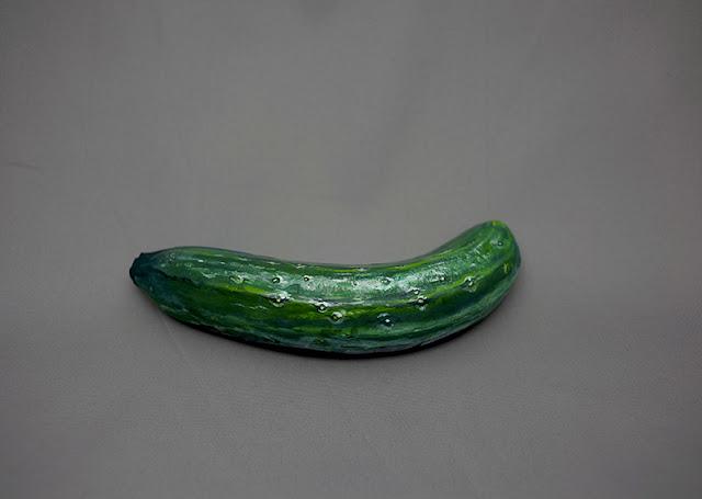 きゅうりをむくとバナナ?他の食べ物に擬態する食べ物 趙 燁(ちょう ひかる)ペイントアート