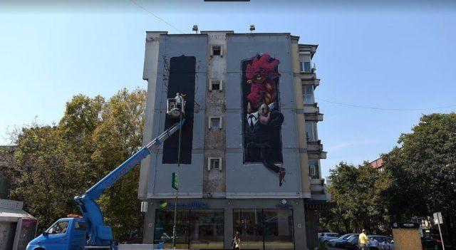 Mega-Hahn in Skopje von Künstler Veks Van Hillik