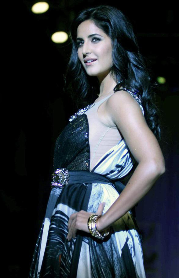 Bollywood Actress Photobook: Katrina Kaif Maxim