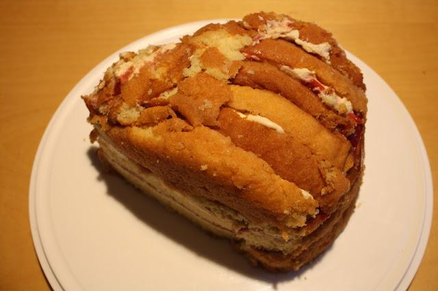 käpykakku isänpäiväkakku isänpäivä kakku mantelimassa käpy