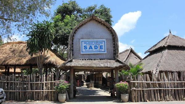 Dusun Sade Rembitan Lombok