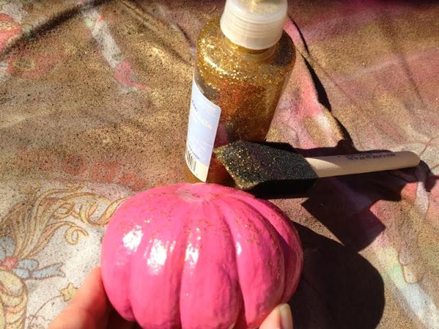 Budget Fairy Tale: DIY Pixie Dust Pumpkins