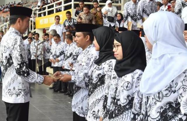 Tahun ini Dibuka 150 Ribu PPPK untuk Guru Honorer