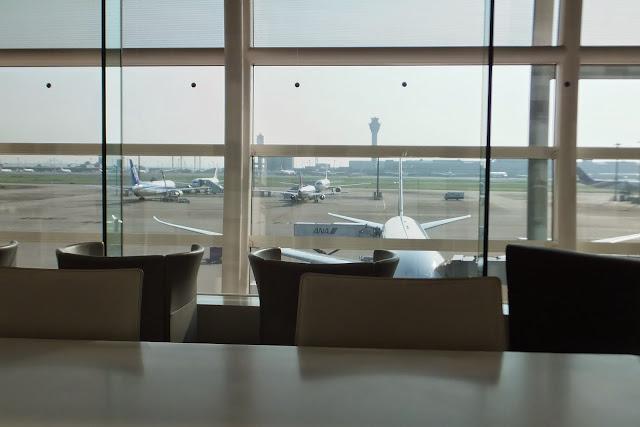 羽田空港クレジットカードラウンジ Credit card lounge in Haneda Airport