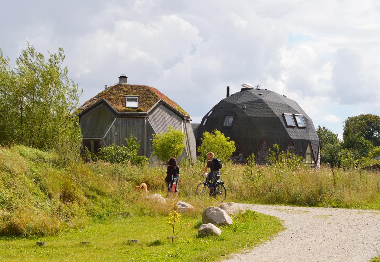 Modern Prefab Modular Homes Prefabium Prefab Geodesic