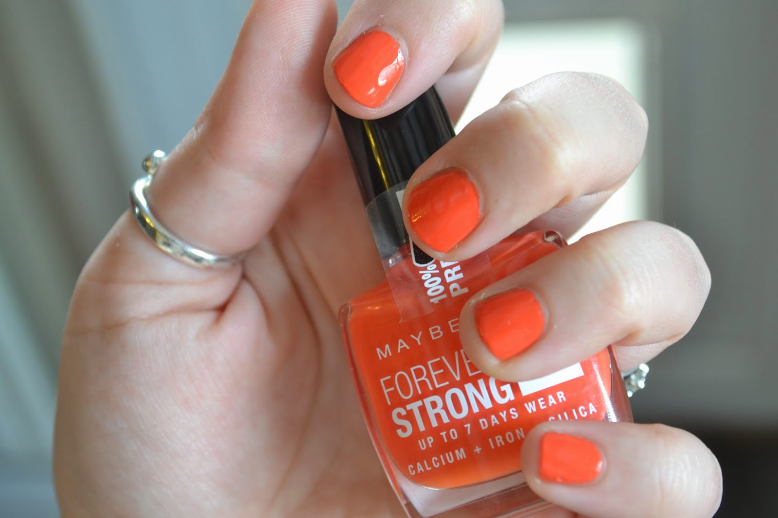 maybelline-forever-strong-orange-couture