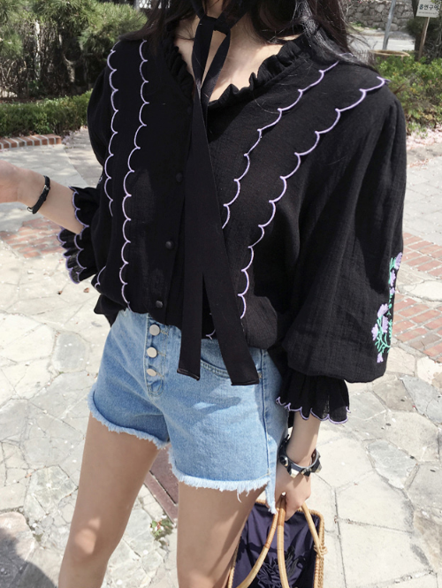 Embroidered Floral Detail Scalloped Trim Blouse