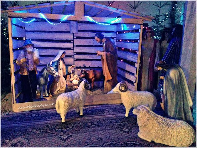 Maryja, Jezus, Józef, pastuszkowie, królowie, zwierzęta