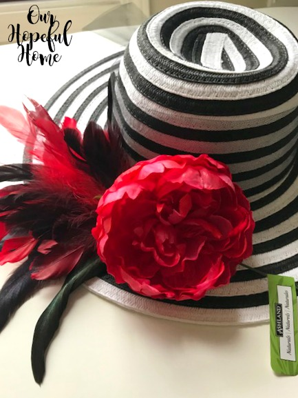 straw hat red faux pony rooster coque tail feathers