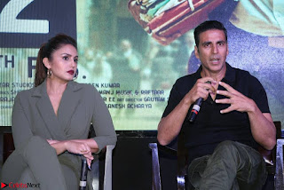 Akshay Kumar Jolly LLB 2 Movie Press Meet Stills 04.jpg