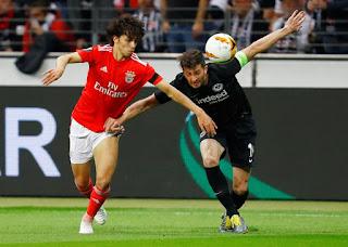 df58158471cf4 O Blog do David: Benfica sai da Alemanha eliminado e com saudades do VAR