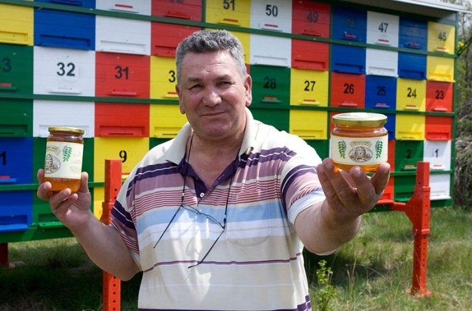 Người đàn ông tự chữa khỏi ung thư phổi từ mật ong trong sự kinh ngạc của bác sĩ