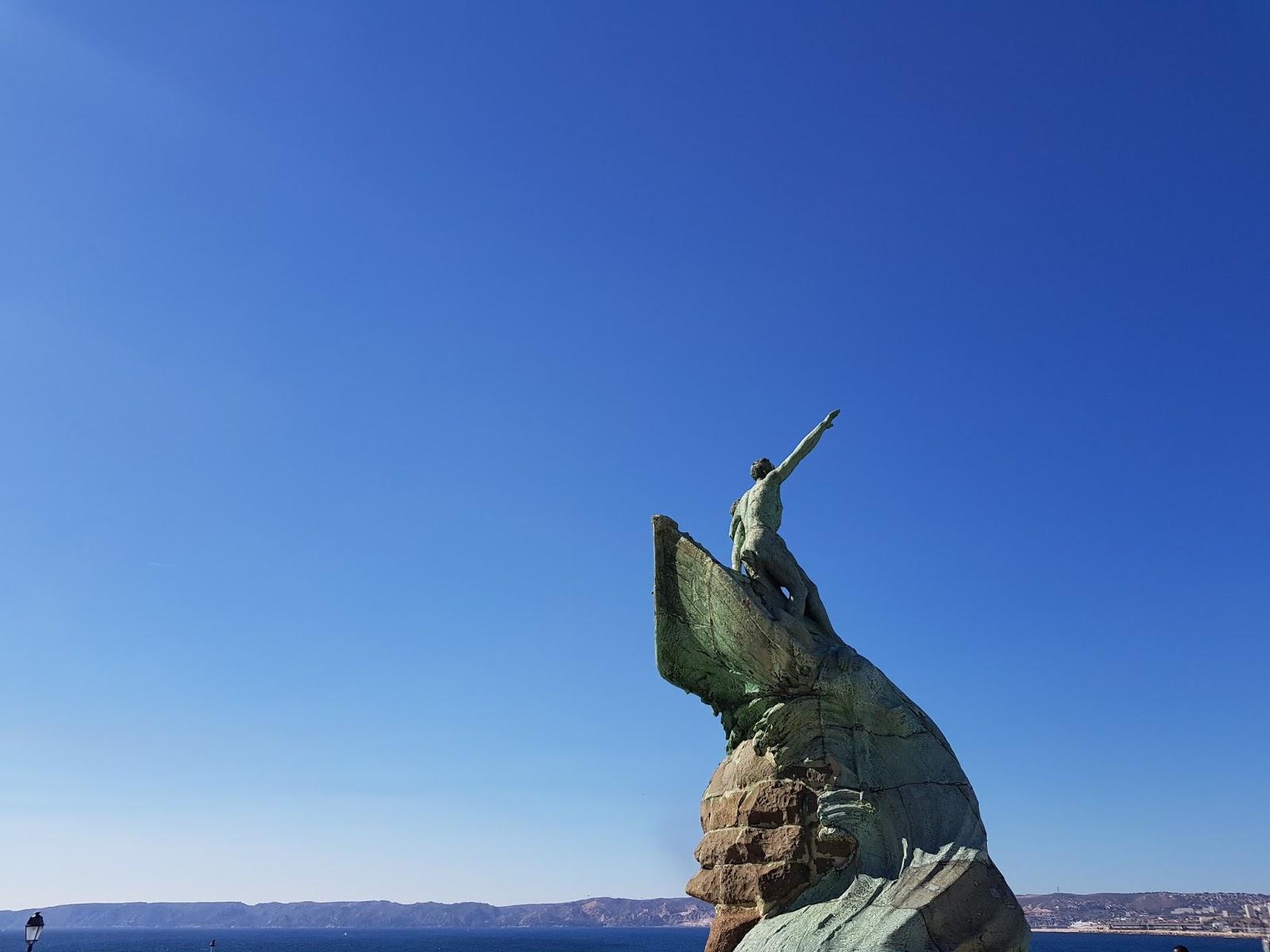 ciel bleu de Marseille