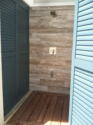 Outdoor shower at the 2013 Coastal Living Showhouse at Daniel Island, SC | The Lowcountry Lady