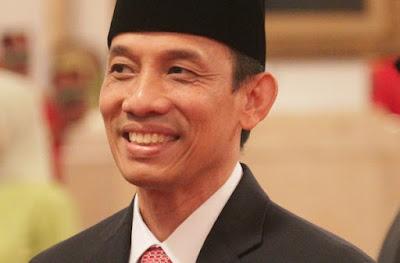 Presiden Jokowi Akhirnya Copot Menteri ESDM Archandra Tahar