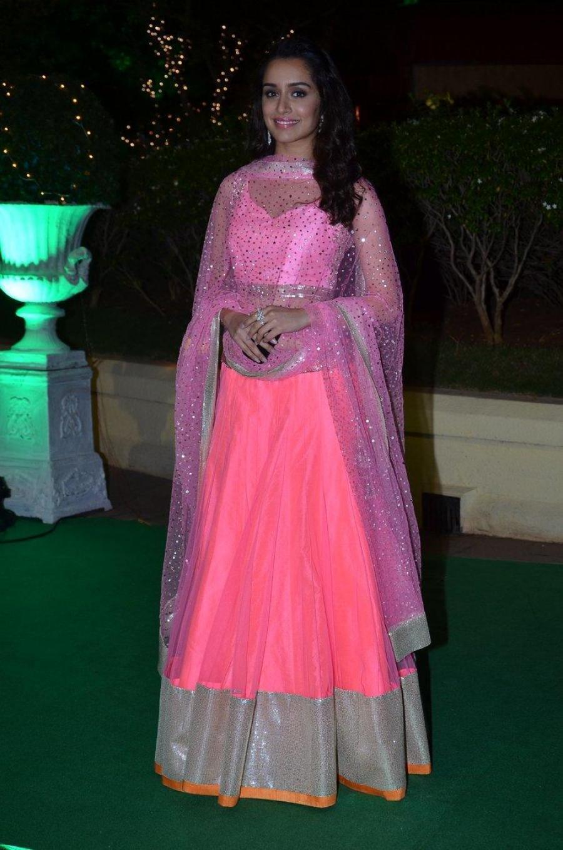 Shraddha Kapoor Hot Photos At Wedding Reception In Pink Dress