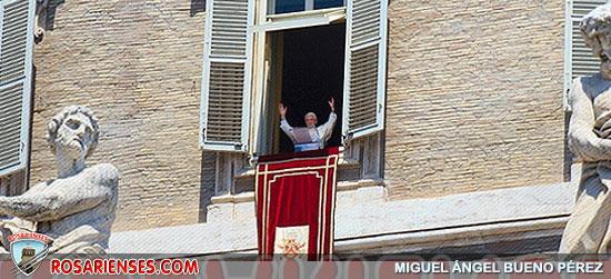 En las atormentadas vicisitudes de la historia, Dios sigue construyendo su Reino de amor, Benedicto XVI a la hora del ángelus | Rosarienses, Villa del Rosario