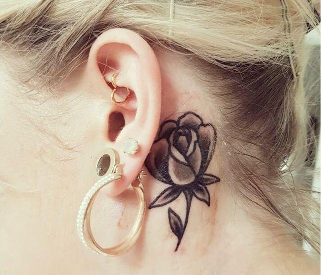Top 10 Tato Terbaik Di Bagian Telinga Untuk Inspirasi Pecinta Tatto