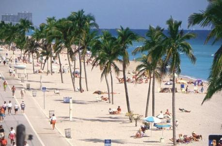 Best transportation option from ft lauderdale to hollywood beach