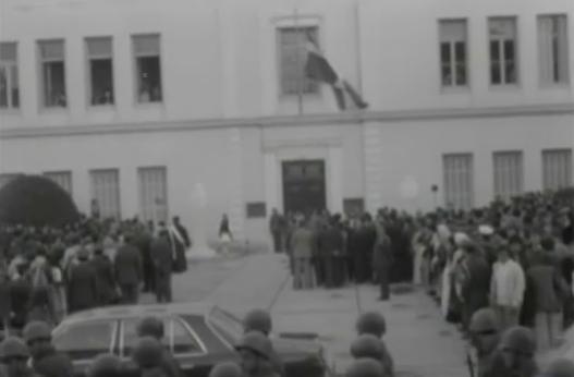 Ναύπλιο 1977: Αποκαλυπτήρια των προτομών των Δικαστών Πολυζωίδη και Τερτσέτη (βίντεο)