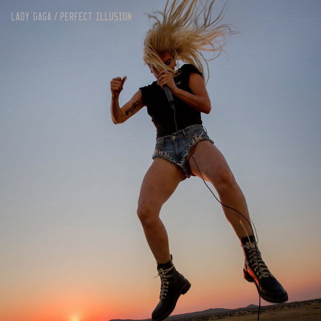 Video: Lady Gaga - Perfect Illusion