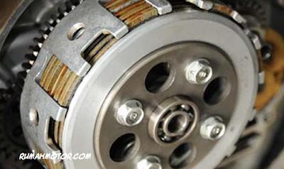 Cara Mudah Mengganti Kampas Kopling Motor