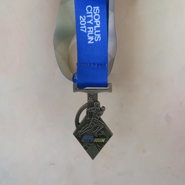 Bentuk Medali yang Unik