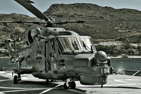 بدعم إيطالي .. الجزائر تدخل نادي مصنعي الحوامات العسكرية