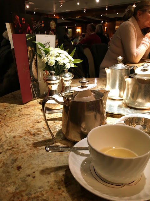 Teacups_and_Buttondrops_York_Bettys
