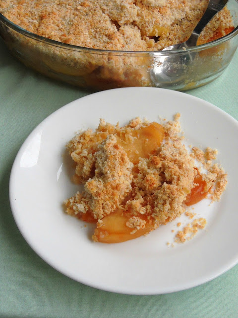 Apple crisp with Peaches