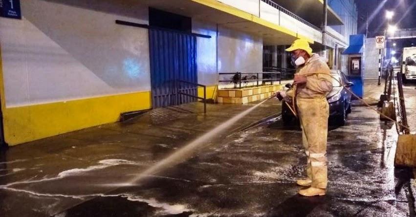 Desinfectan exteriores de sedes del Hospital del Niño en Breña y San Borja