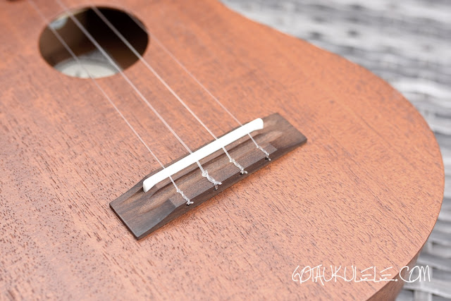 KM Ukuleles Dreadnought Concert bridge