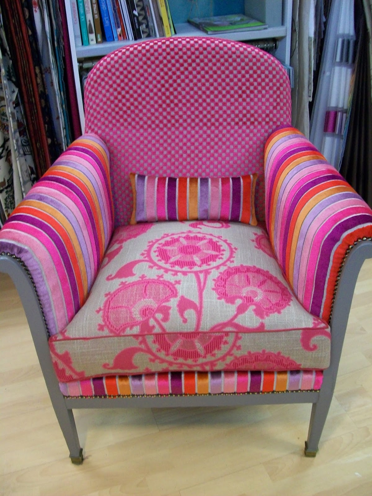 l 39 fauteuil ann e 40. Black Bedroom Furniture Sets. Home Design Ideas