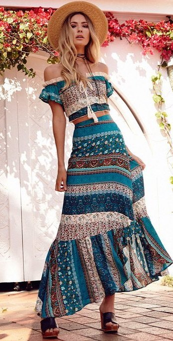 summer boho chic outfit: hat + dress