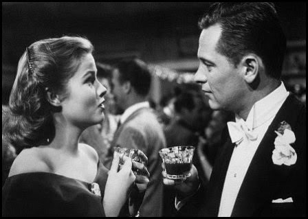 Nancy Olson y William Holden en 'El crepúsculo de los dioses' (Billy Wilder, 1950)