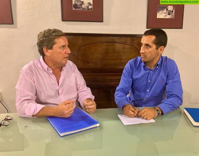 Borja Pérez Sicilia se reúne con Gabriel Mato para abordar los retos a los que se enfrenta La Palma a partir del 10N