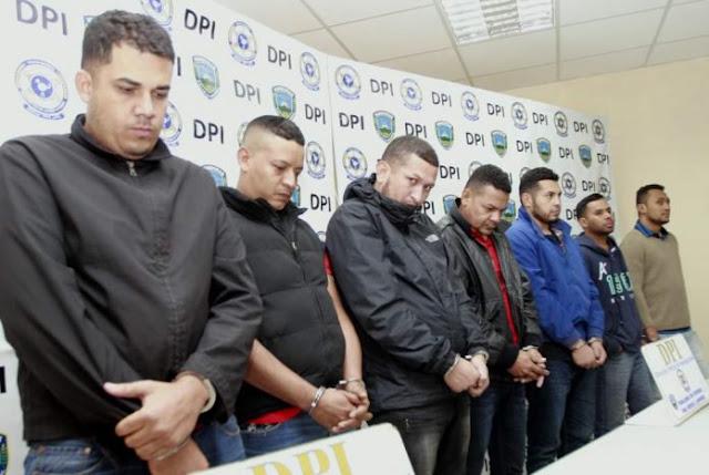 Siete delincuentes venezolanos detenidos en Chile por robo de relojes