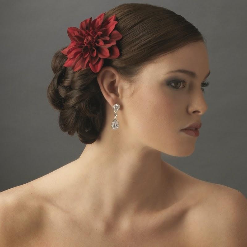 Wedding Flower In Hair: Weddig Hair: Bridal Hair Flowers