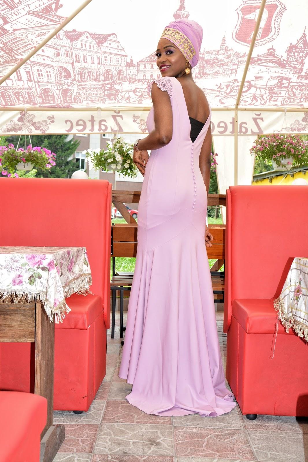 DIMPLEKHADI: DISCUSSION TIME : WEDDING DRESS OR BRIDESMAID DRESS ?