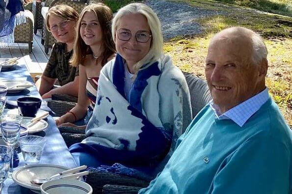 Norwegian Royal Family Shared A New Photo On Their Social Media Account
